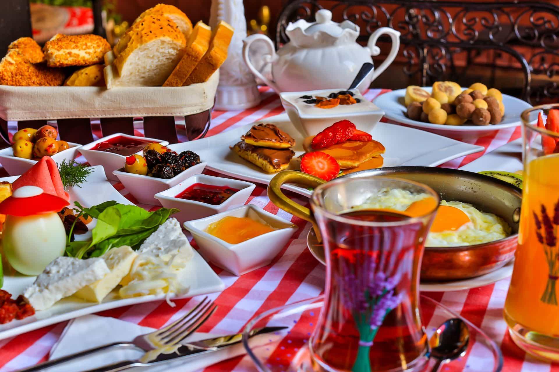 cihangir açık büfe kahvaltı, cihangir organik kahvaltı, cihangir kahvaltı