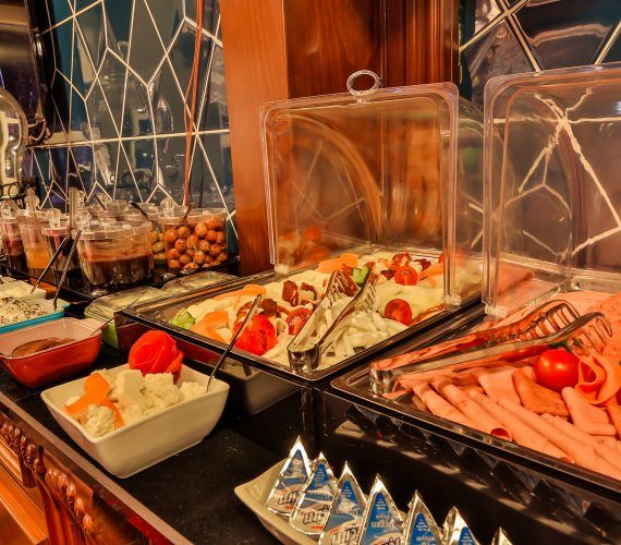 Faik Paşa Kafe Cihangir'in Ev Kahvaltısı