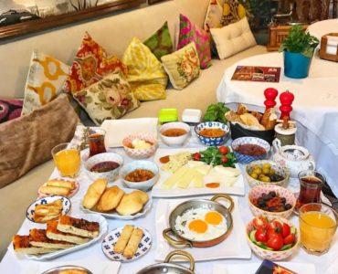 Breakfast in Beyoglu